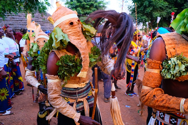 Sénégégal oriental : cérémonie des masques